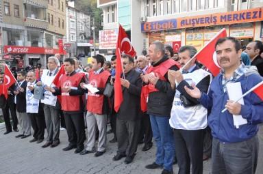 ÇÖZÜM SÜRECİ VE TERÖRÜ PROTESTO ETTİK