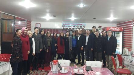 Yusufeli'nde Stajyer Öğretmenlere Kaynaşma Yemeği