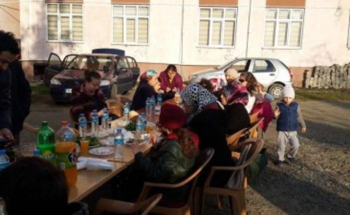 Türk Eğitim-Sen Arhavi Temsilciliğinden Hamsi Şöleni…